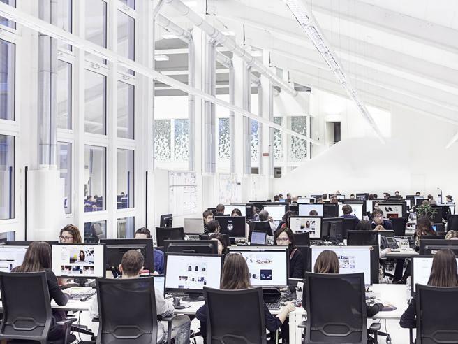Uffici Yoox Milano : Yoox net a porter diventa svizzero. «ma la sede resterà in italia